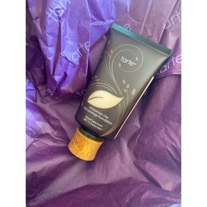 Tarte Amazonian Clay Foundation SPF 15